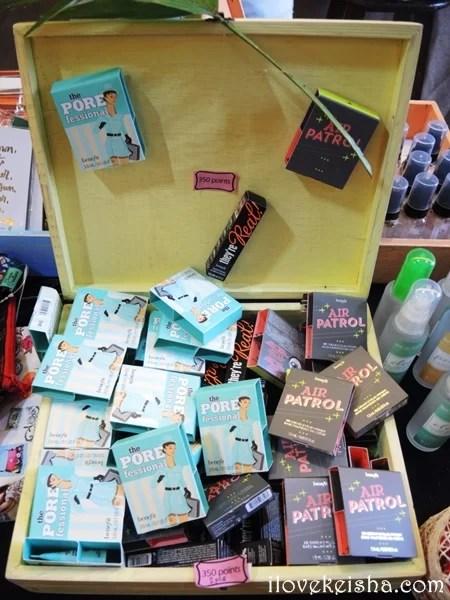 Row 101 Summer Pop Up Benefit Cosmetics