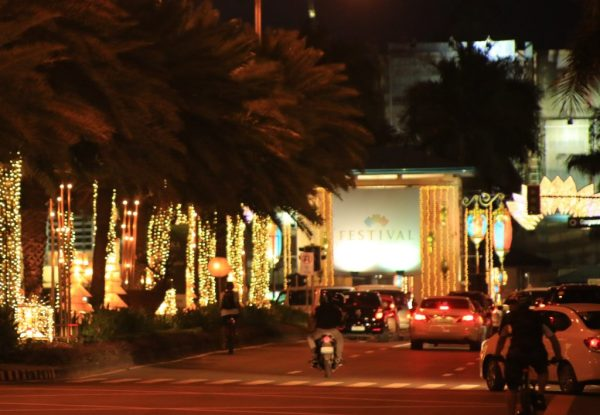 filinvest-city_xmas-decor-2