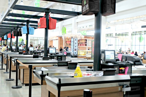 landers-superstore-shopping-experience-40