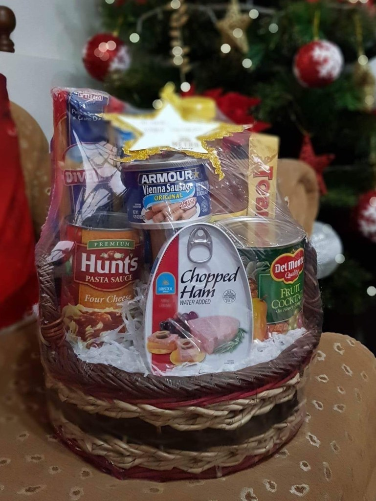 Christmas Gift Idea: Metro Holiday Basket – I Love Keisha by Mommy ...