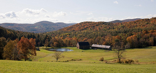 Modern Woodstock Farm House in Vermont by Rick Joy Architects