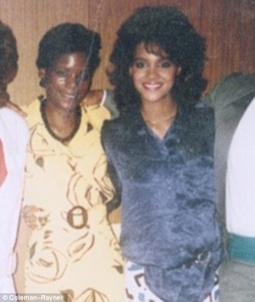 Halle Berry and her sister, Renee
