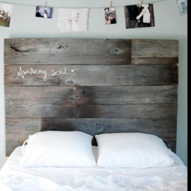Propuestas de cabeceros de cama hechos con palets i love - Cabeceros originales de madera ...