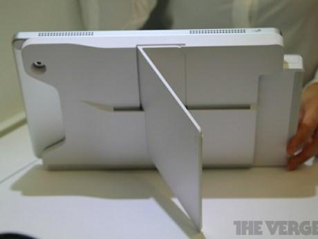 Acer Iconia W700, le grand écran selon Acer 6