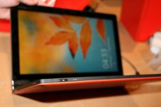 Lenovo IdeaPad YOGA 13 : un ultrabook transformable en tablette 5