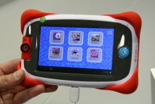 [MWC 2013] Prise en main de la tablette enfant Fuhu Nabi Junior 3