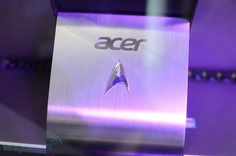 Acer Aspire R7 Star Trek Edition ! 2