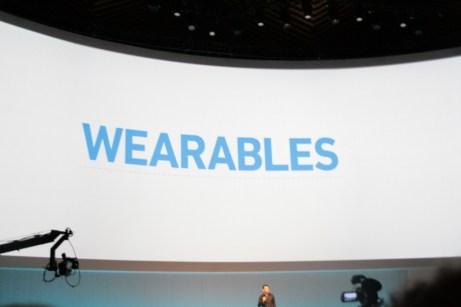 Samsung Galaxy Gear : caractéristiques, photos et vidéo de prise en main (poignet !) 1