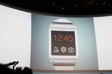Samsung Galaxy Gear : caractéristiques, photos et vidéo de prise en main (poignet !) 4