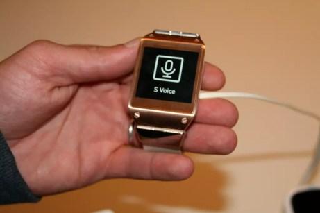 Samsung Galaxy Gear : caractéristiques, photos et vidéo de prise en main (poignet !) 14