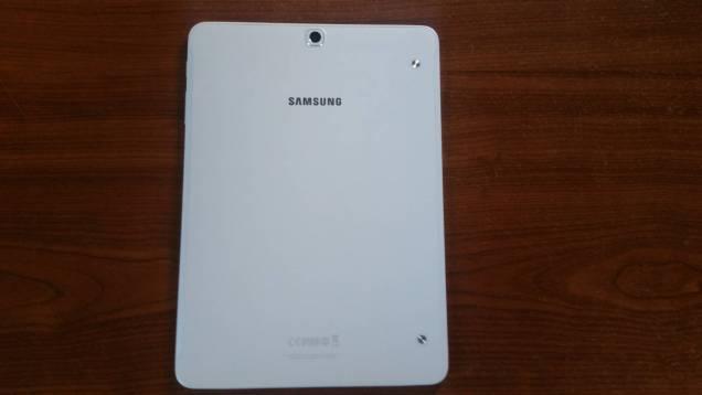 Test et avis Tablette Samsung Galaxy Tab S2 dos