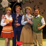 De cabaretduo's Plien & Bianca en Droog Brood spelen de toneelkomedie Slippers