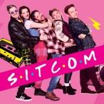 Boom Chicago wordt tijdelijke tijdmachine: onbezorgd en ouderwets genieten met comedyshow Sitcom