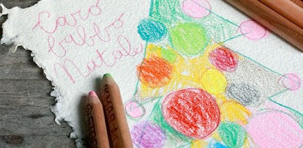 Il Natale colorato (artificialmente) dei bambini