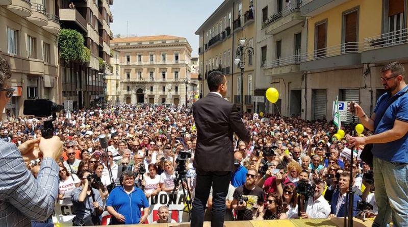 DAGLI STATI UNITI ALL'EUROPA, LA DEMOCRAZIA DEVE ANCORA SORGERE