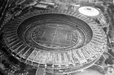 E lo stadio era pieno.
