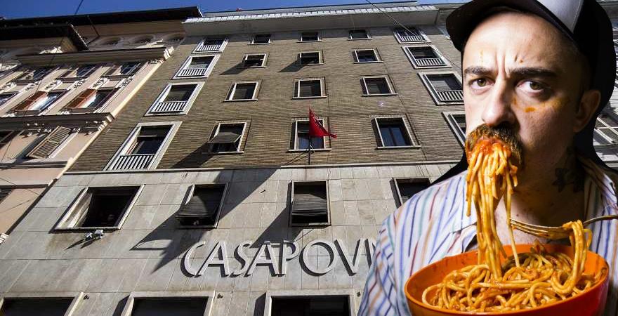 """""""CasaPound non verrà sgomberata"""". E Chef Rubio rosica"""