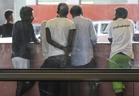Traffico di clandestini, anche minorenni. Scoperta organizzazione a Torino, 10 arresti