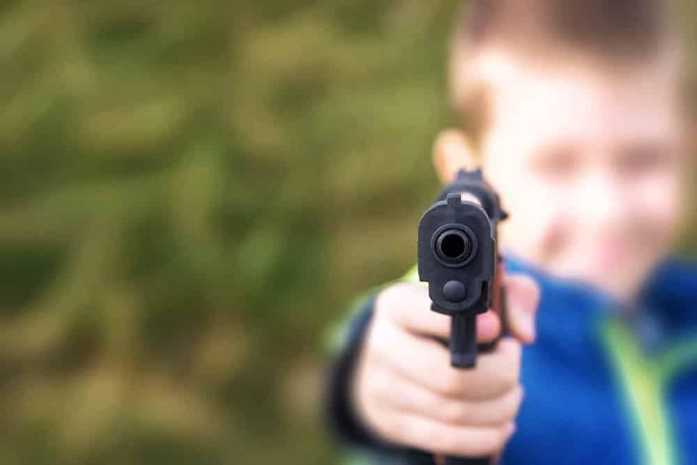 Usa, dodicenne uccide a colpi di arma da fuoco un ladro che aveva ferito la nonna
