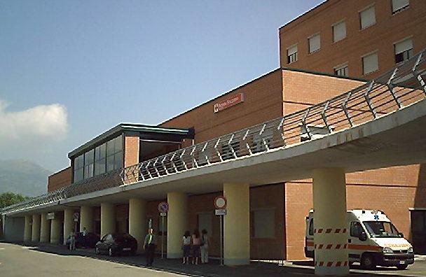 """Ferito in ospedale a Cassino, ragazzo straniero racconta: """"Investito da auto pirata"""""""