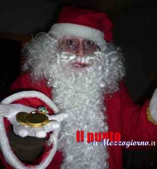 Due finti Babbo Natale rapinano l'ufficio postale di Frosinone