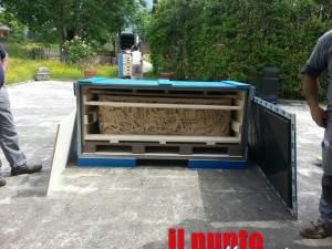 sarcofago di aquino imballato per roma