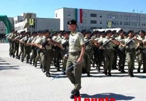 Volontari-in-marcia-alla-Caserma-Salomone