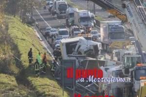 incidente-autostrada-bombole-14