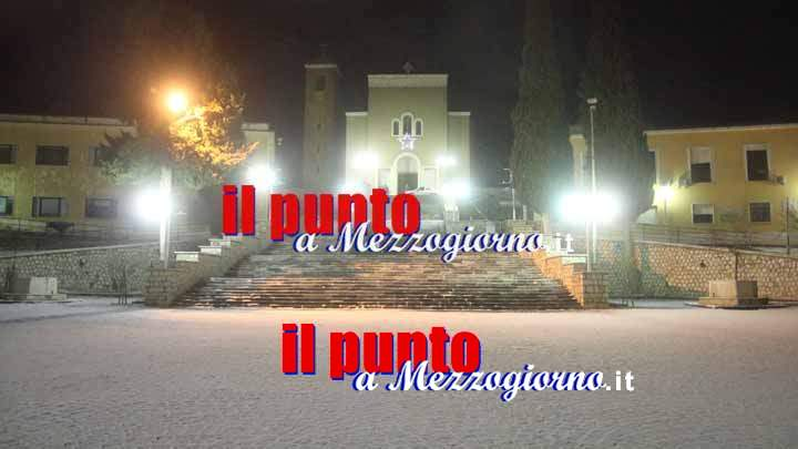 La neve tinge San Pietro Infine di bianco – LE FOTO
