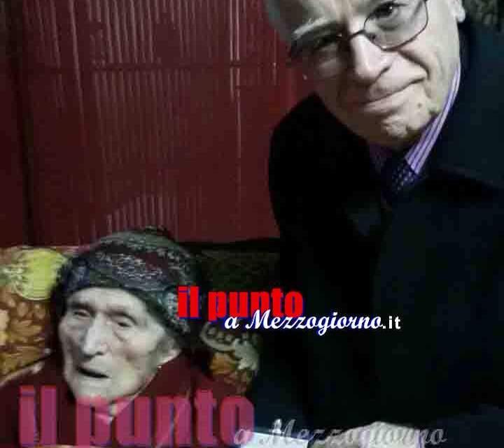 """Nonna Marietta di Pignataro """"incoronata"""" Nonna di Ciociaria con medaglia del Presidente della Repubblica"""