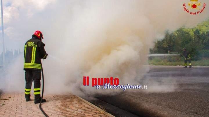 Brucia rifiuti di materiale plastico. In manette un nigeriano 37enne a Castel Volturno