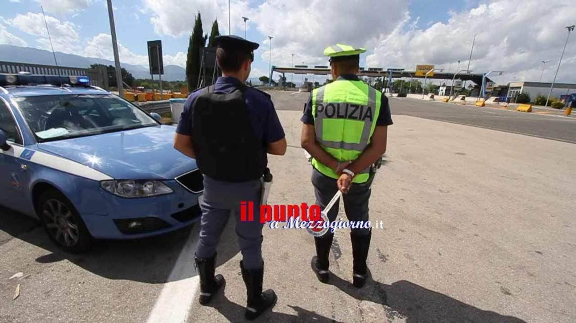 Con documenti falsi sull'A1 a Cassino, in due arrestati dalla polizia stradale