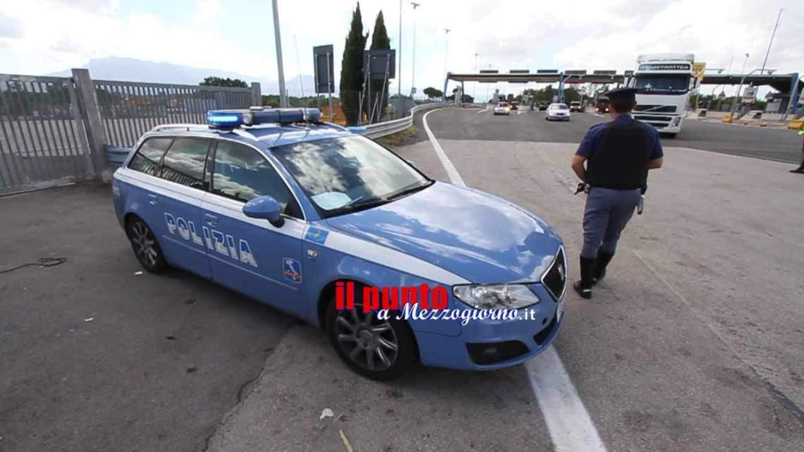 Con un coltello e targhe sospette sull'A1 a Cassino, denunciati due polacchi