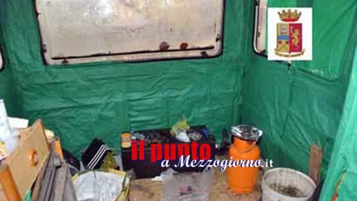 Spacciavano nel camper, 3 persone arrestate con un chilo di droga a Frosinone