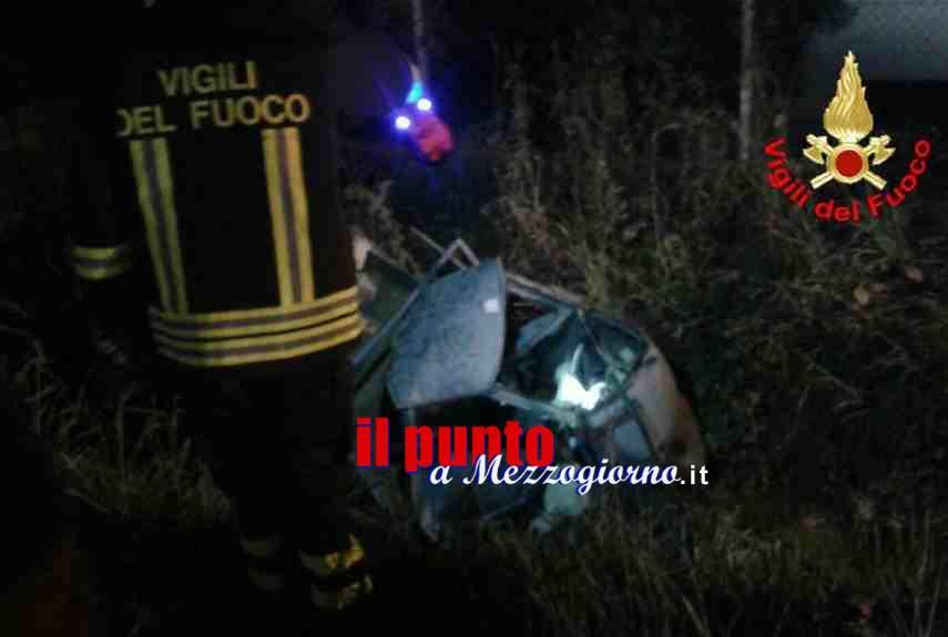 Senza carburante sull'Appia a Fondi, padre e figlio travolti. Muore 39enne