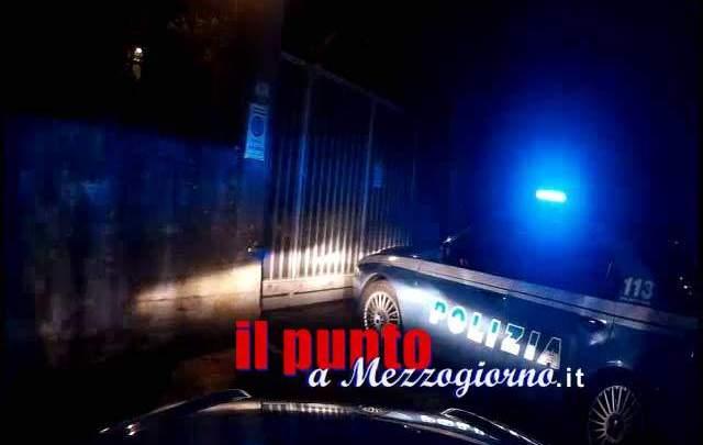Evade dai domiciliari per rubare calze della Befana a Frosinone