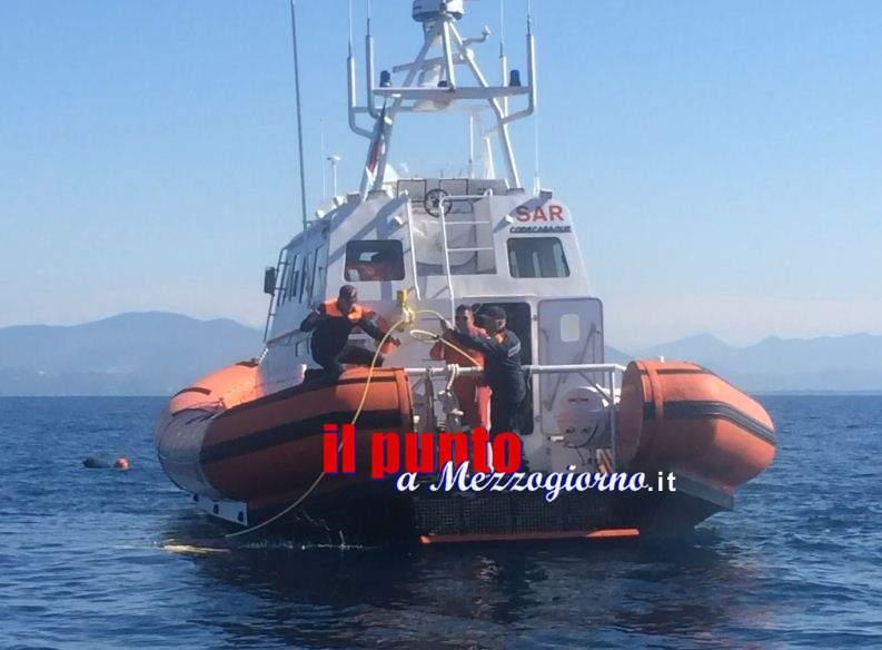 Peschereccio affondato a Formia, il robot sottomarino esclude collisioni