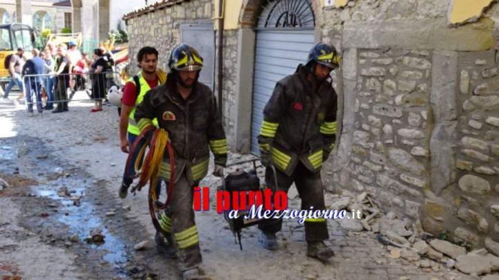 Terremoto, 30 vigili dl fuoco di Frosinone nelle zone terremotate