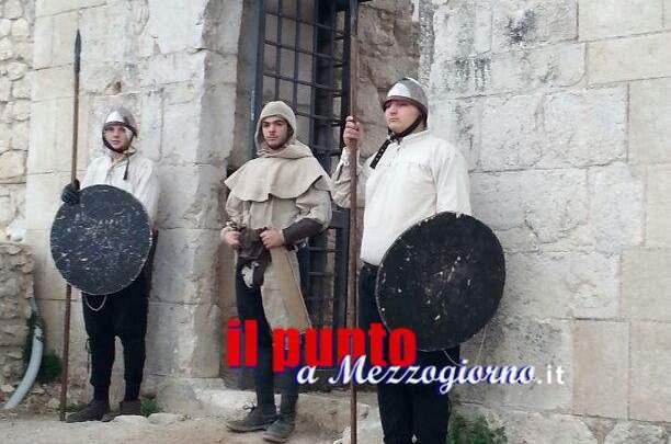 Studenti dell' Itis di Cassino alla Rocca Janula per il progetto La Storia in Campo