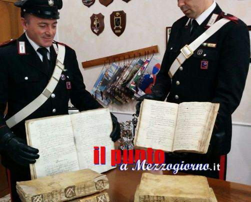 Otto manoscritti secolari rubati in chiesa a Gaeta e recuperati da Ebay