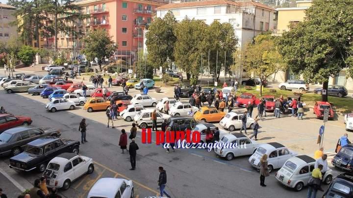 """Successo del """"Raduno 500 storiche"""", oltre centoquaranta auto da tutta Italia"""