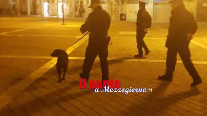 Movida con rissa tra giovani ubriachi a Cassino, due arresti: si cercano gli altri