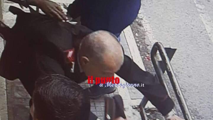 """Prende a pugni un carabiniere, straniero condannato ma non espulso: """"E' richiedente asilo"""""""