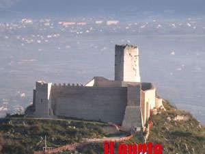 Sopralluogo nella Rocca Janula, torre a rischio crollo: interdetta vasta area
