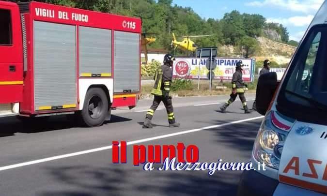 Grave incidente sulla Cassino-Formia, coinvolte quattro auto e uno scooter, due feriti elitrasportati
