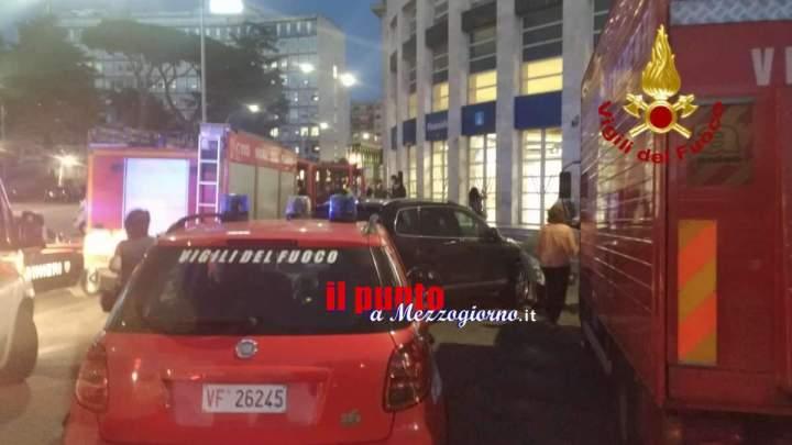 Salvato dai Vigili del fuoco un 26enne caduto sotto un treno della Metro