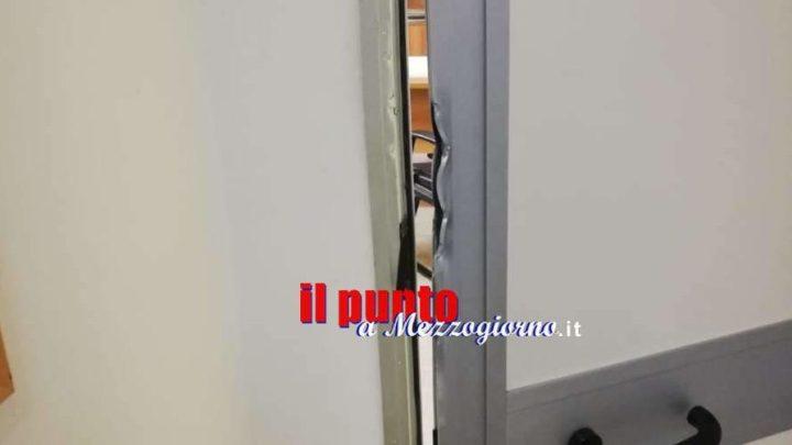Razzie nelle scuole del Cassinate, colpiti i plessi di San Giorgio, S. Andrea, Vallemaio e Sant'Apollinare