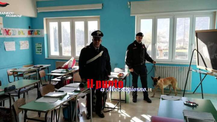 Controlli dei carabinieri nelle scuole di Atina e Sant'Elia, prevenzione antidroga e bullismo