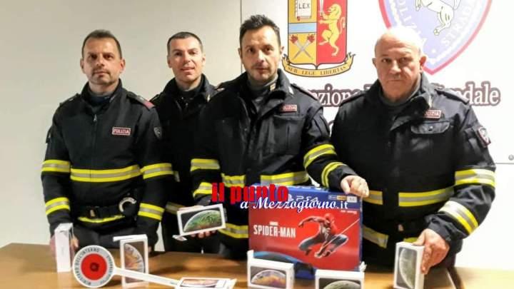 Truffa da 10mila euro per rivenditori di telefonini, denunciati due campani