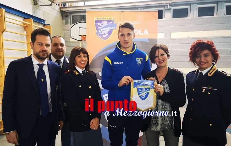 """Anagni: """"Frosinone sale in cattedra""""; Questura e Frosinone calcio negli istituti scolastici a promuovere la legalità"""